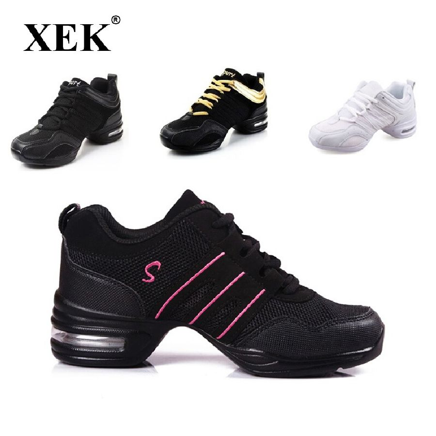 2018 Sports Feature Soft Outsole Breath Dance Shoes Sneakers For